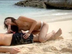 Extremely hot lovers fuck on the beach