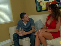 Bella Roxx is a super sexy brunette milf in red