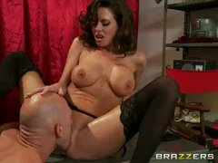 Dark haired milf Veronica Avluv is a pinup model that