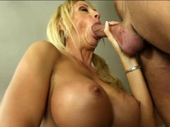 Blonde cougar Brooke Tyler with big round boobs looks so