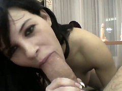 Amabella likes to suck dick of