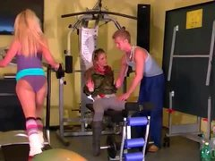 Hot gym sluts have a good time and piss