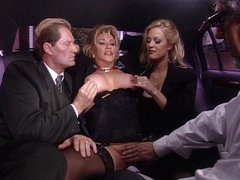 Blond mature pussy vibrating in car