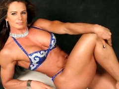 Hot Fitness Girls and Muscled GFs!