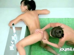 New Erotica Joymii Ivy and Gina Bath For Two