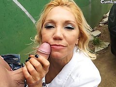 Ginger Hell gives a perfect Blowjob in public
