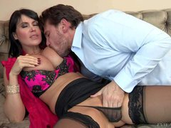 Manuel Ferrara enjoys in getting his hands on a hot